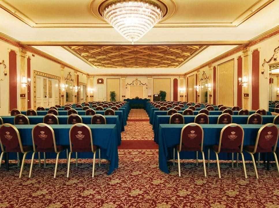 Interiors Regina Palace Hotel